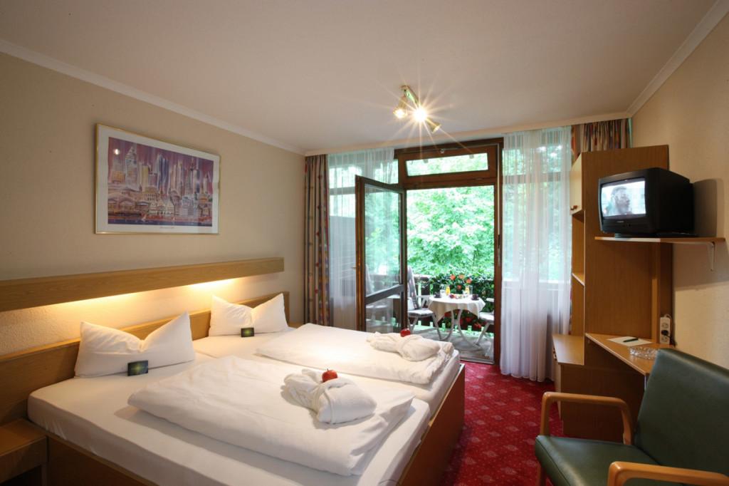 Gemütlich eingerichtetet Doppelzimmer im Hotel Residenz Bad Griesbach